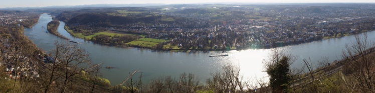 View from Königswinter to Bonn