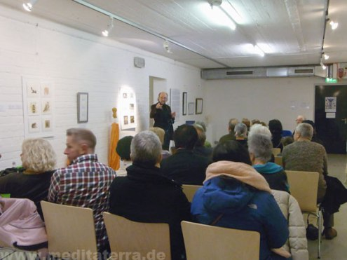 Kurt Ries opens the exhibition in Cologne in 2018